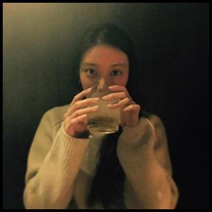 武井咲が指輪を左手薬指に!誰からの贈りものかズバリ考察!